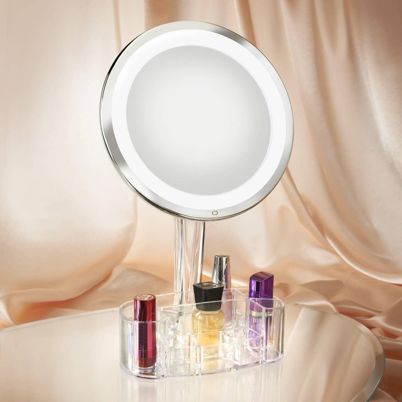 Win a Magnifique Mirror!