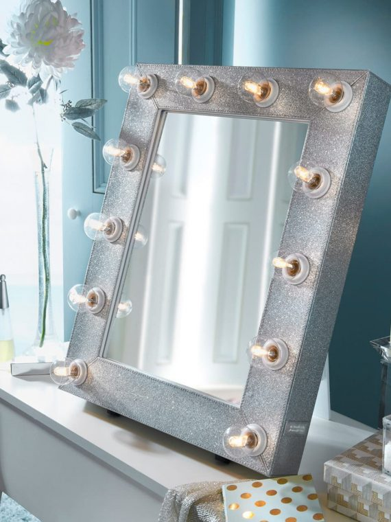 silver-sparkle-mirror